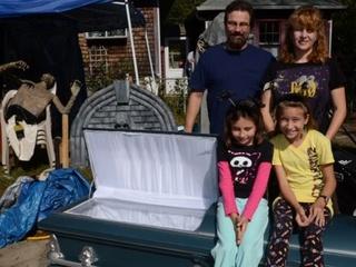 Austin Photo: News_Mike_Ameican Scream_Family