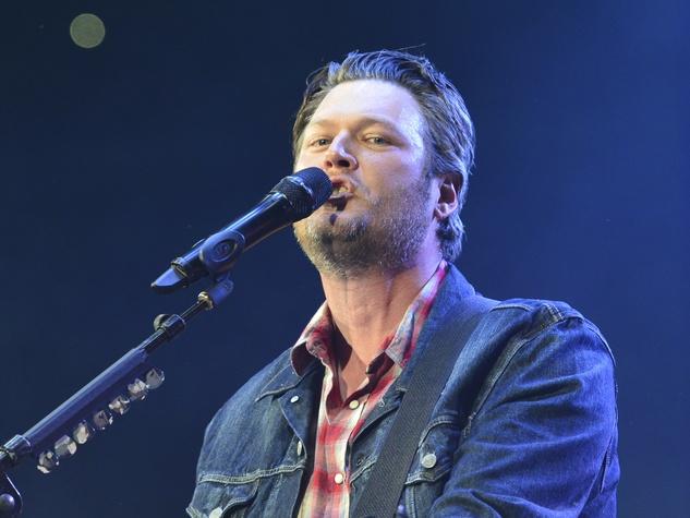 Blake Shelton at Houston Rodeo March 2014
