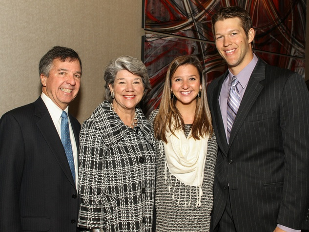Jim and Leslie Melson, Honorary Co-‐Chairs Ellen and Clayton Kershaw, Care Breakfast
