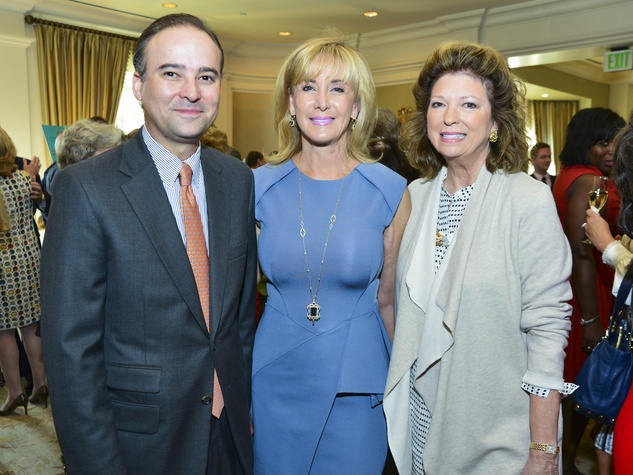 9 Zack Fertitta, from left, Sheridan Williams and Diane Connally at the Baylor Teen Health Clinic luncheon October 2013