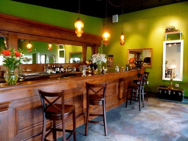 Austin Photo Set: News_Nicole Carbon_Butterfly Bar_July 2011_interior