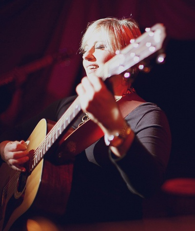 Kristine Mills