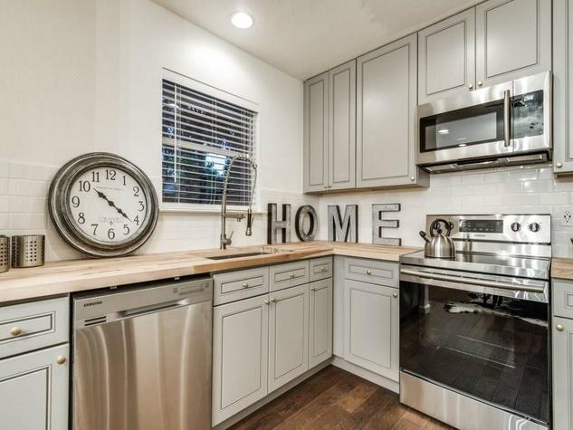 1639 Homewood Pl Dallas house for sale kitchen