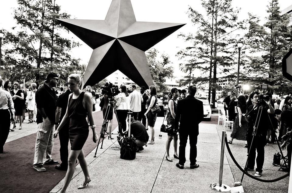 Austin Photo Set: News_Kelly Wendt_Shift into style_aug 2012_outside