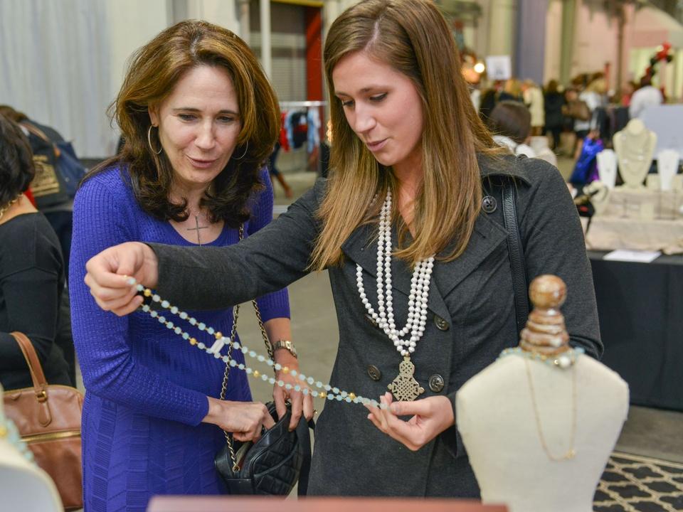 31 Julie Samson, left, and Katie Samson at the CultureMap Pop-Up Shop December 2014