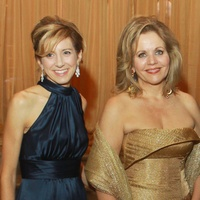 185 Renee Fleming, center, with Christina and Mark Hanson at the Houston Symphony gala.