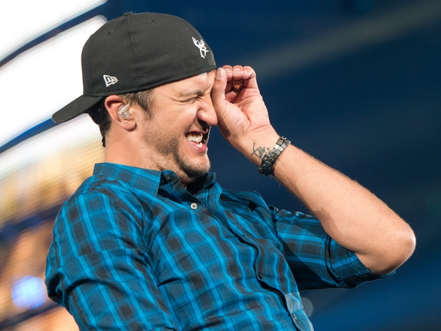 Luke Bryan at Rodeo March 2015