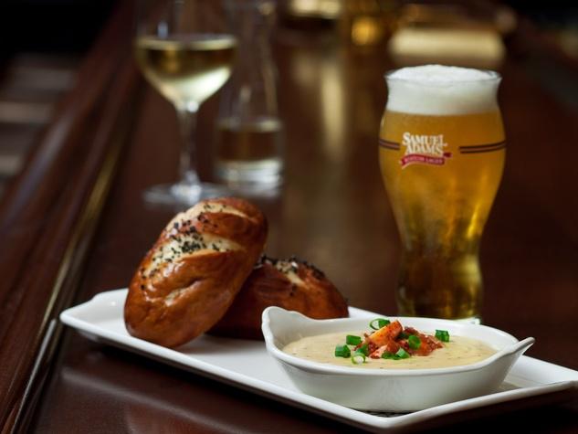 Palm Restaurant Houston Pretzel Bread and Cheese Fondue