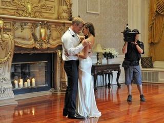 Harlequin romance novel photo shoot on The Bachelor