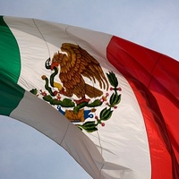 Austin Photo Set: News_Gabino_real cinco de mayo_may2012_mexican flags