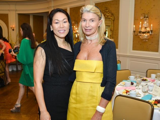 13 Houston Symphony children's fashion show April 2013 Julie Roberts and Catherine De Gramont