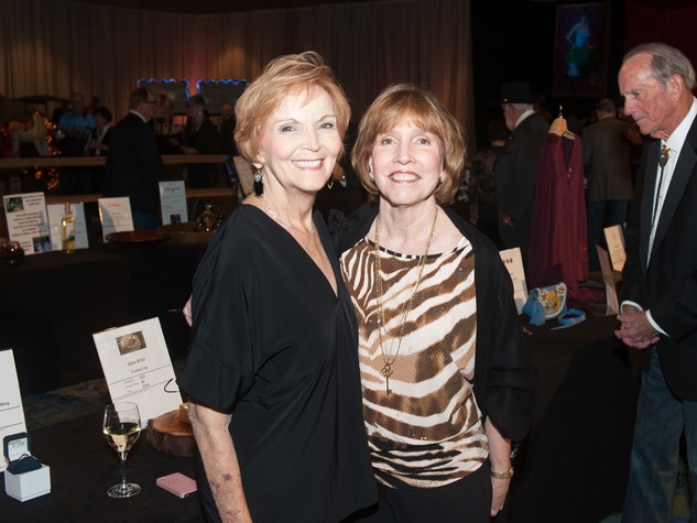 Northwest Assistance Ministries gala Donna Asbill, Linda Sparks