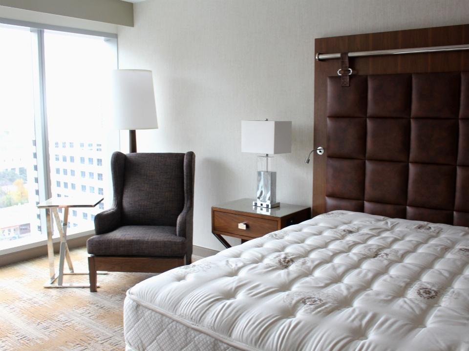 JW Marriott Austin Preview - Standard Guest Room - December 8 2014