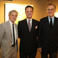 23 Douglas Dempster, from left, Christopher Gardner and Gary Tinterow at the Meredith Long Kenneth Noland opening September 2014
