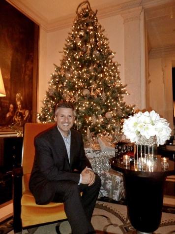 Ernie Manouse, Christmas tree, December 2012
