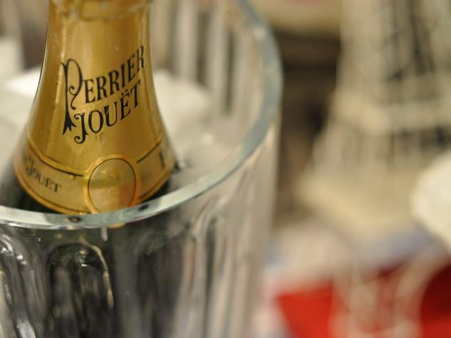 Bastille Day, champagne