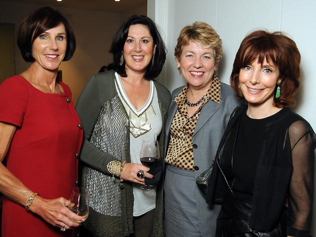 17 Heidi Gerger, from left, Debra Cohen, Kelly Zúñiga and Marcy Taub Wessel at the Art Circle launch October 2013