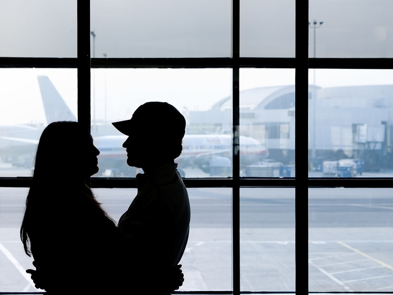 Meet Me At The Airport Dating Site