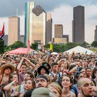 Summer Fest crowd