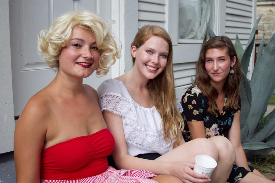Maison d'Etoile Kelly Dugan, Laura McNairy, and Marissa Abramson.