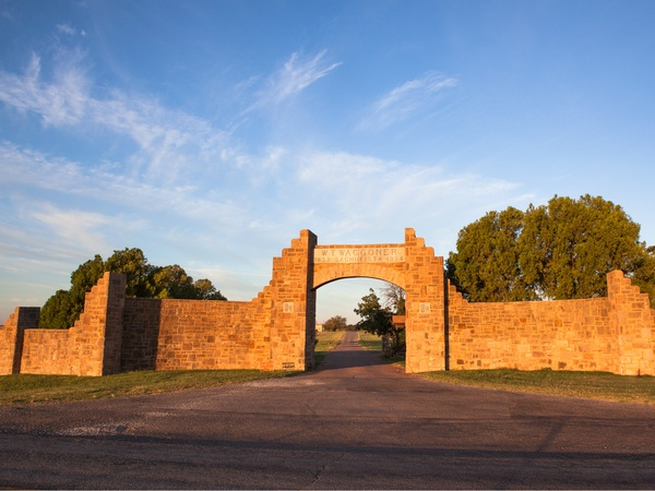 What the new buyer gets with this $725 million North Texas ranch ...