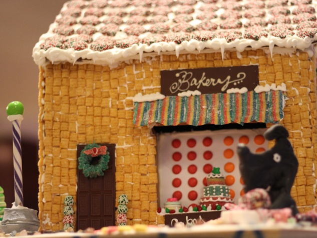 8 Rebecca Mason's Fluff Bake Bar entry at the Lucky Dog Gingerbread Doghouse event December 2013