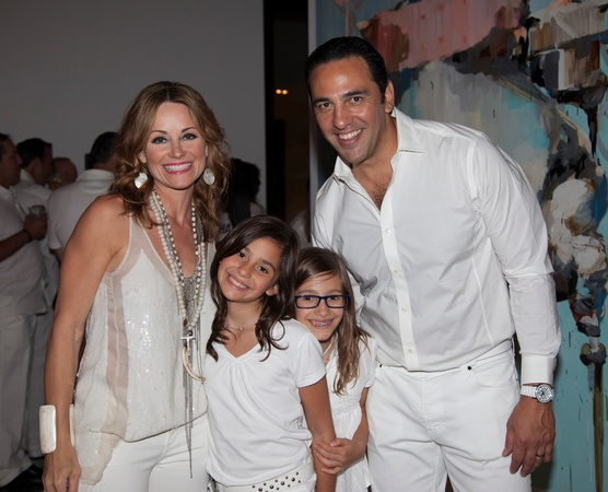 News_Texans White Out, Lucinda Loya, Ana Luca Loya, Elena Loya, Javier Loya, Sept. 2012