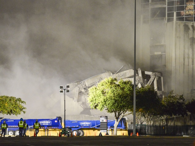 Astrodome towers demolition Dec. 8, 2013