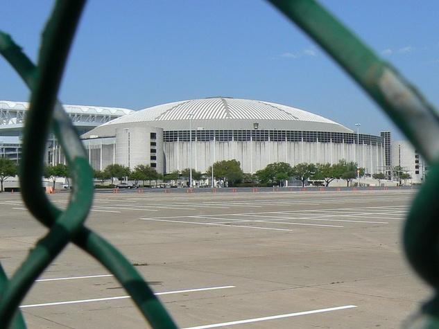 News_Astrodome_fence