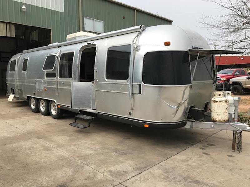 Axelrad Airstream before