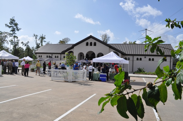 News, Shelby, Memorial Park Running Center, Oct. 2014,