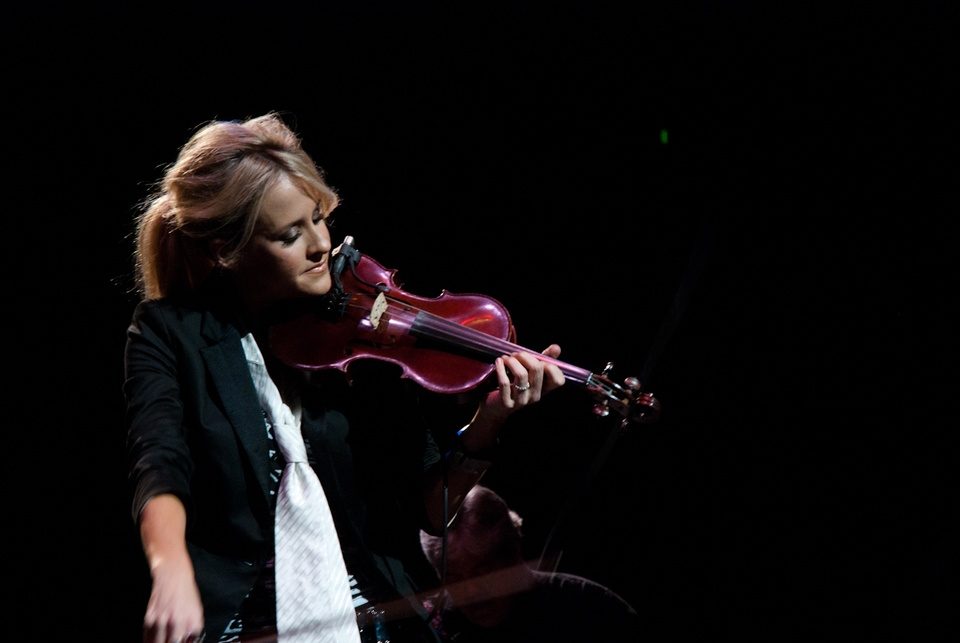 Dixie Chicks: 'It Doesn't Stop'