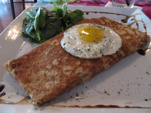 Ruthie, Sale Sucre, crepe, fried egg.jpg