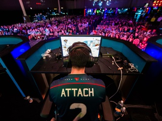 Playstation® 4 presents Call of Duty World League