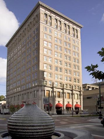 News_Hotel Icon_exterior_building