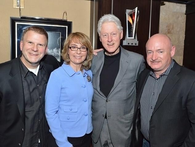 Tilman Fertitta, Gabrielle Giffords, Bill Clinton and Mark Kelly February 2014