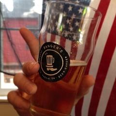 Austin photo: News_Matt McGinnis_Banger's_Beer Glass