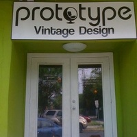 Austin Photo: Places_shopping_prototype_vintage_exterior