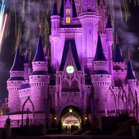 News_Disneyland_California_castle_fireworks