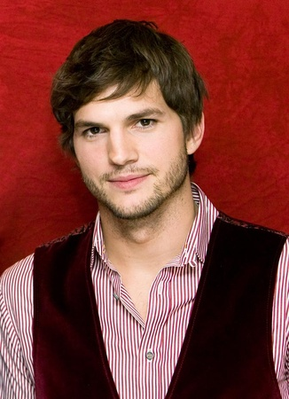 News_Amber_die_Ashton Kutcher