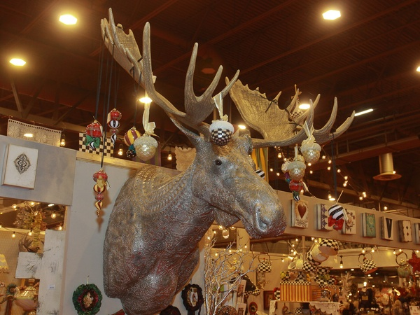 Nutcracker Market top 10, November 2012, Moose head from Viva Rouge