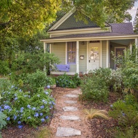 Historic Hyde Park Homes Tour 2015 Avenue A folk victorian cottage house