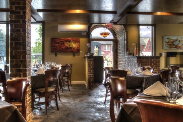 New midtown restaurant wants to get lucky an inside look