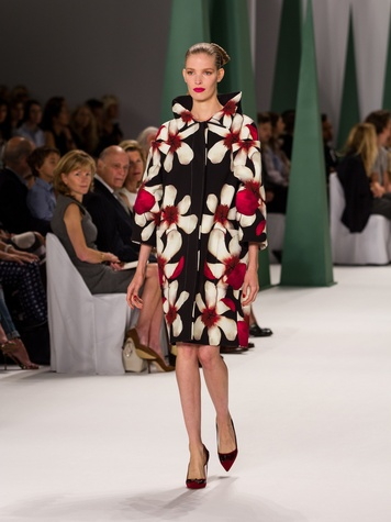 Fashion Week spring 2015 Carolina Herrera floral