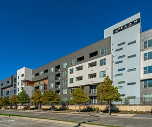 Elan City Lights apartments in Dallas