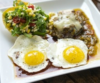 Vinaigrette Austin restaurant brunch steak and eggs