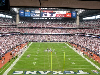 Places_A&amp;E_Reliant Stadium_day_game