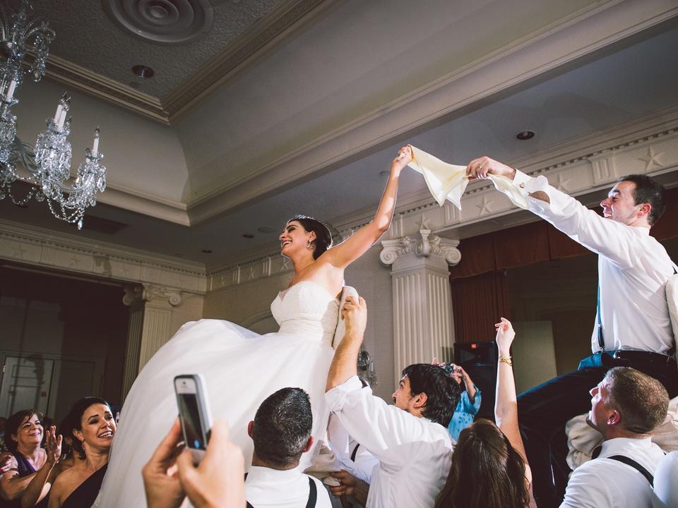 21 Spectacular Weddings February 2014 Jamie and Takis Wedding