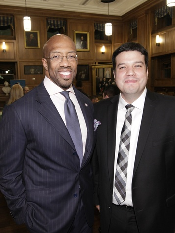 Michael Sorrell, Good Works Under 40 Award keynote speaker, and Roberto Moreno, Good Works Under 40 Advisory Committee Chair, Good Works Under 40