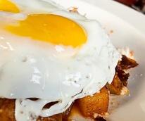 News_Down House_pork hash breakfast_fried egg